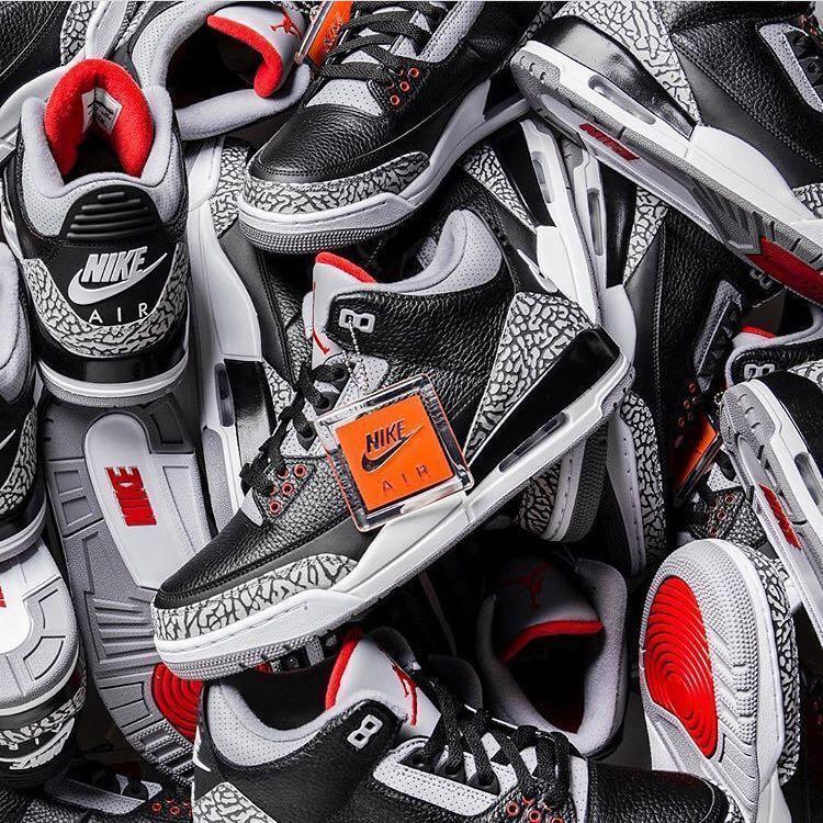 separation shoes 9a7b9 b0c9a Jordan 3 Black Cement Retro OG (2018), Men s Fashion, Footwear ...