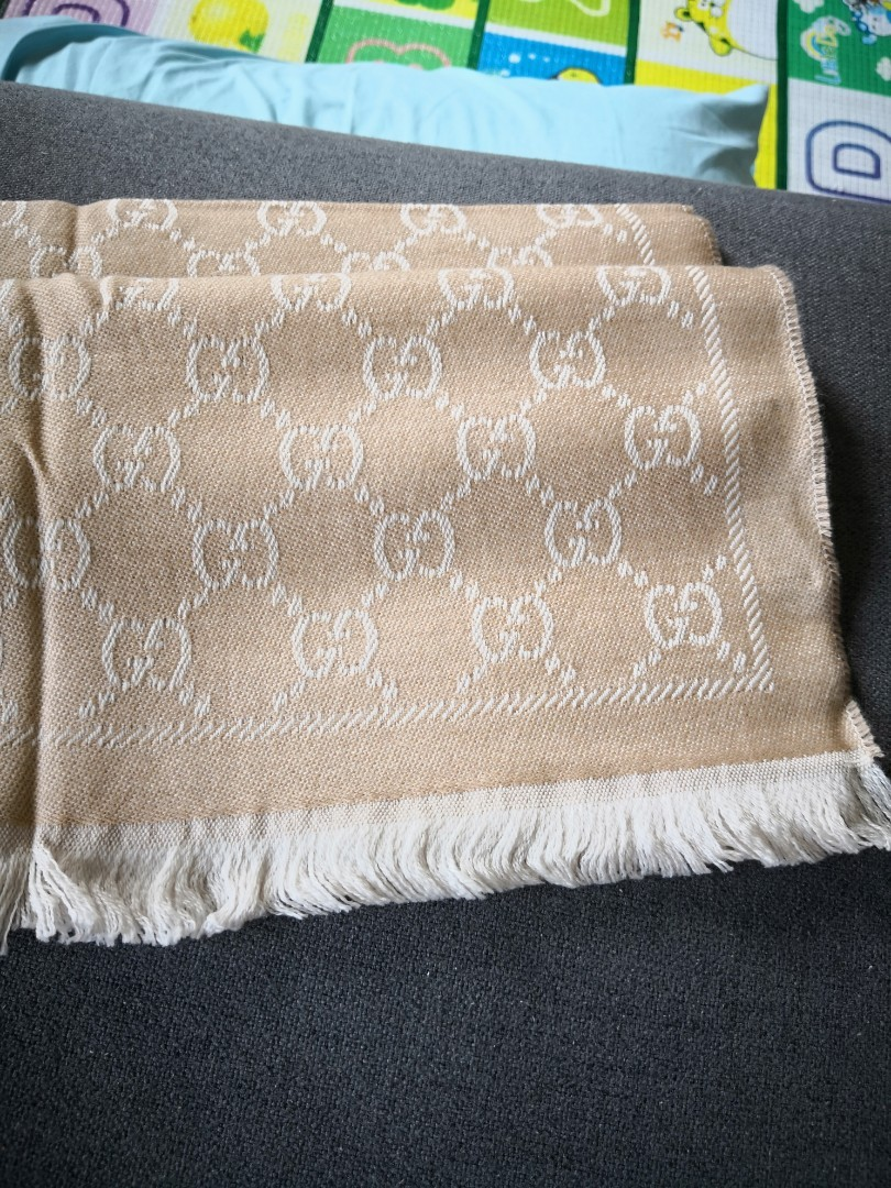 cb4ff17b9 Unused / BN Gucci scarf, Luxury, Accessories, Scarves on Carousell