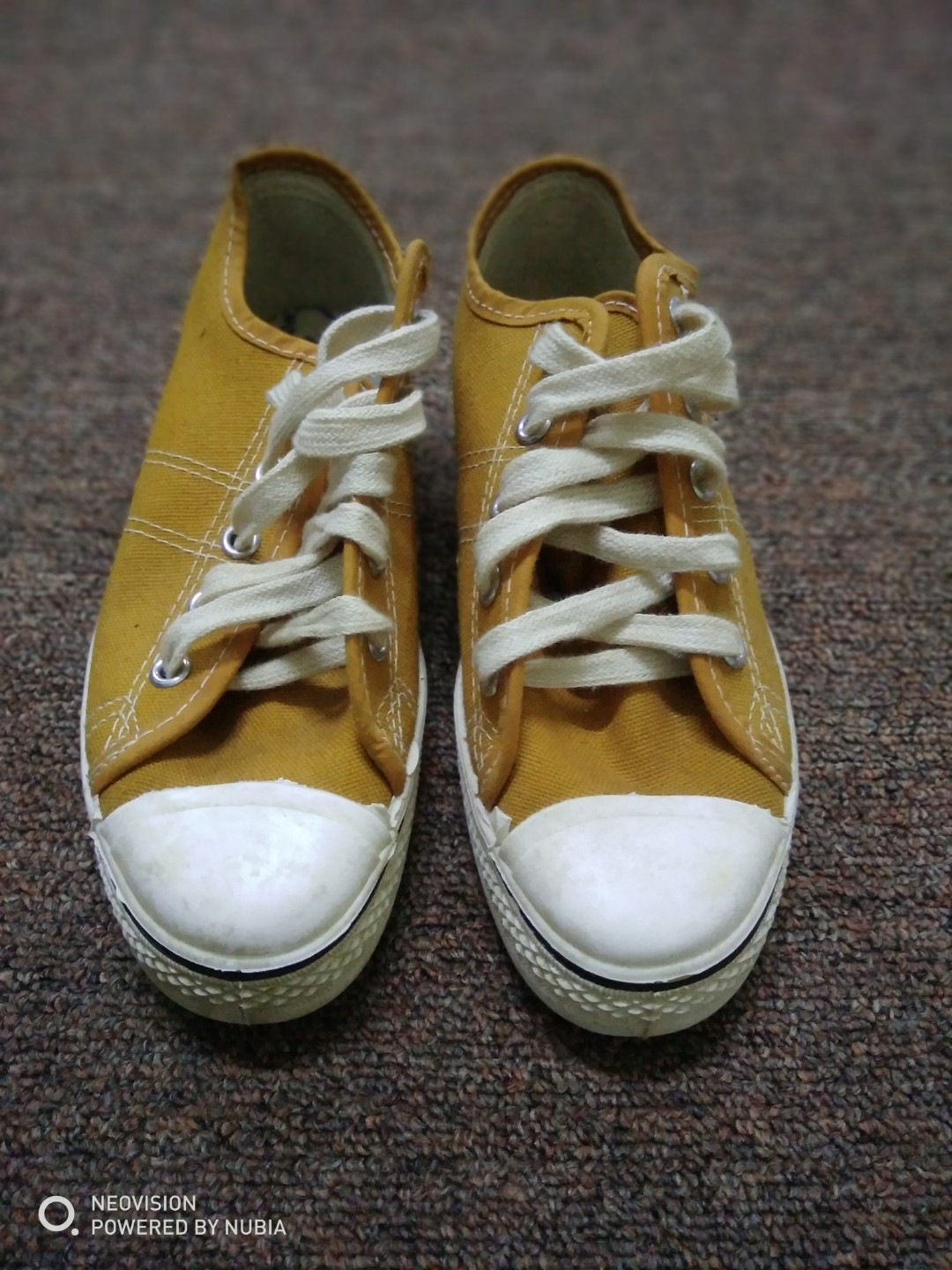 2bc9b79b3bed59 Vtg Deadstock 70s Converse all star