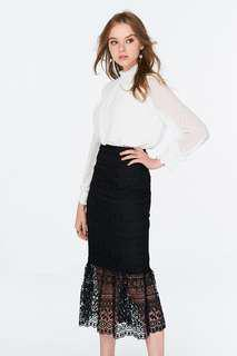 TheClosetLover (TCL) Edria Midi skirt in black