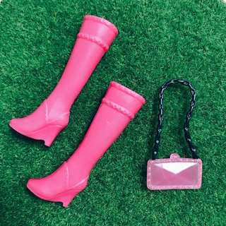 🚚 芭比娃娃時尚達人 靴子+包包 粉色|Janet Style