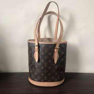 LV small bucket bag perfect condition