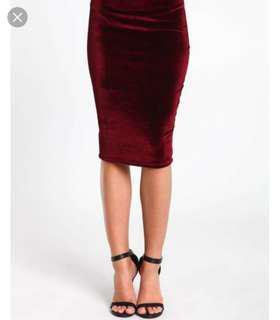 Velvet midi skirt, size small