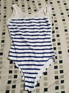One piece Stripes swimsuit