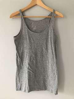 Gap tank top in size medium