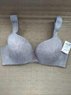 Authentic Izod bra 40c