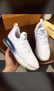 Lv VNR sneakers