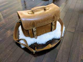Vintage Leather Satchel for School/Photography