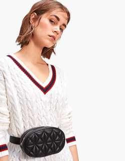 Looking stradivarius belt bag