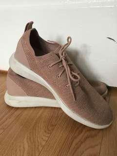 Aldo Light Pink Runners In Mesh Material