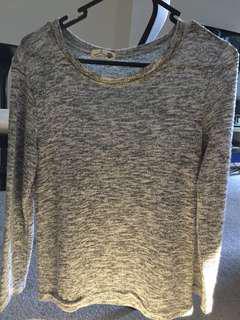 Shiny grey sweater