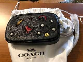 🚚 全新的coach 斜背包,手拿包,當初在專櫃買的,歡迎發問,勿直接下標,謝謝!