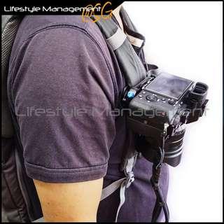🚚 Camera Bag Clip Holster Waist Belt/Strap Buckle DSLR (Canon Nikon Olympus Sony)