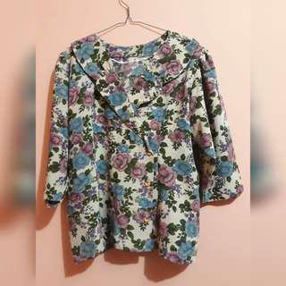 Flowery Vintage Blouse