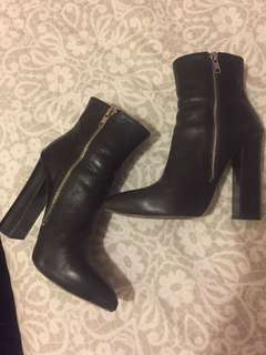 Tony bianco Fairlee black leather boots