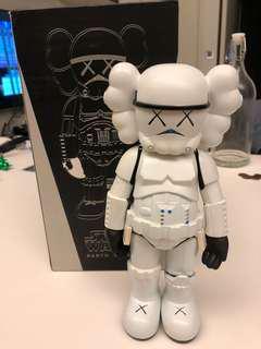 Star Wars stormtroopers kaws figurine