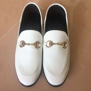 Gucci 款loafers 平底鞋 shoes