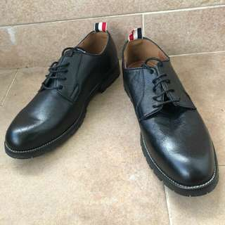 Jet Black genuine leather Oxford lace up