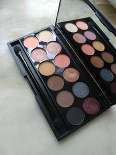 Sleek i-Divine Mineral Based eyeshadow plaette Oh So special 658