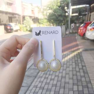 Meil Earring / anting cantik / anting manis / anting keren / anting gaul / anting model / anting korea / anting import / anting fashion / anting pesta / anting lucu / anting imut
