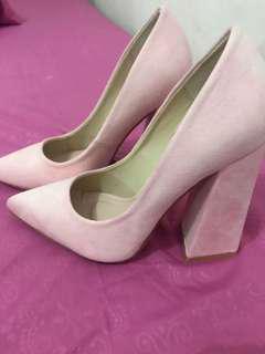 Sepatu Soft Pink Velvet Zalora