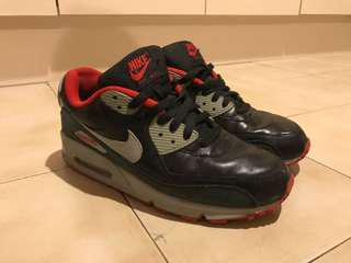 NIKE Air Max Black size 8/9