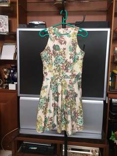 FLEURETTOS Floral Dress