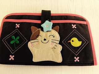 Fabric wallet with Applique