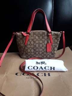Coach Satchel -original