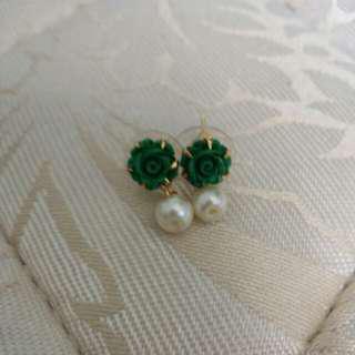 Light Green Rose Earring