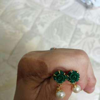 Dark Green Rose Earring