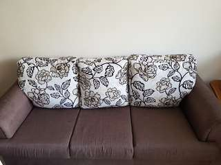AFFORDABLE 3 SEATER SOFA- GREAT BARGAIN!