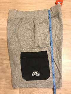 Nike bottom shorts 短褲 size Large brand new 全新