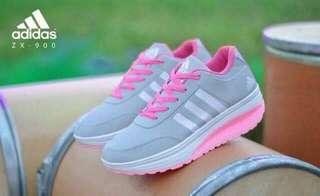 Sepatu olahraga wanita zx900
