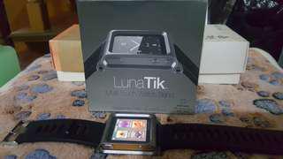 Ipod Nano 6th Gen 8GB with LunaTik Watch Band
