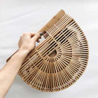 free delivery : Rattan & Basket bag