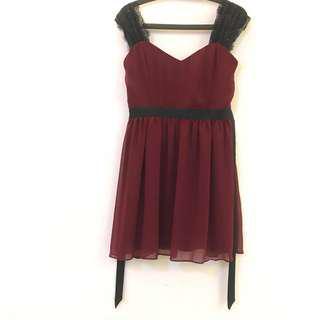 🚚 酒紅色 無袖 蕾絲肩 洋裝