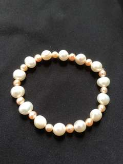 Brand new two tone natural pearl bracelet