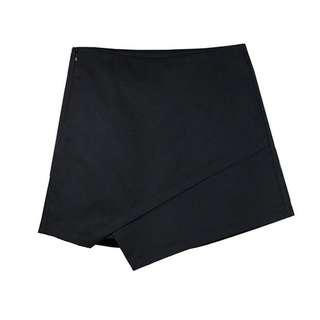 Irregular skirt shorts