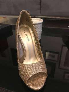 Call It Spring - Brand New - Size 6 - 4 1/2 inches