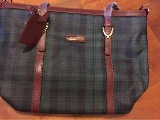 Polo bag 大容量、袋內新淨、😊🈹❤️不面交、SF 到付。