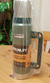 BRAND NEW Stanley 1.3l Vacuum Flask
