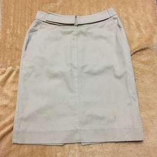FREE SHIPPING MM‼️ Vertical Club Brown Skirt