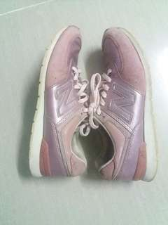 Pink new balance running shoes size 40
