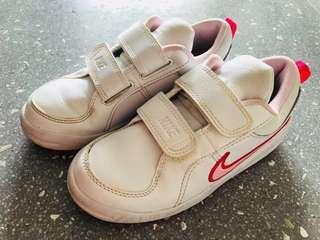 Nike Children Girl White Shoe