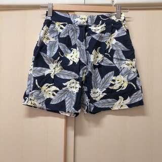 from Aland 3.3 Field Trip Made in Korea navy flower summer pocket shorts 韓國 深藍色 夏日 花花 透氣 清爽 有袋 橡筋褲頭 高腰 短褲