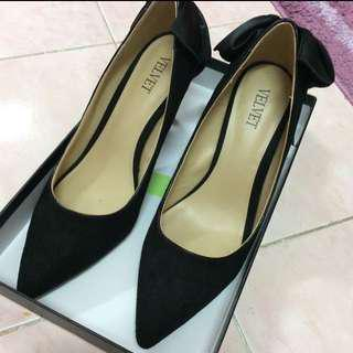 Zalora Ribbons Black Kitten Heels