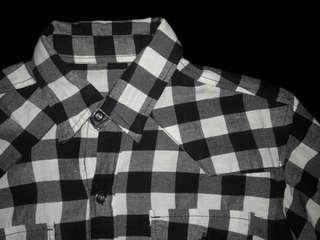 Black and white Plaid flannel checkered polo longsleeves