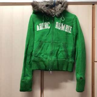 Abercrombie & Fitch A&F green fur jacket coat size s 綠色 毛毛 毛領 外套 厚 保暖 大衣 北歐 歐洲 旅行必備 方便 易襯