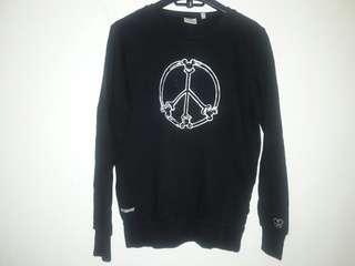 Mickey Black Crewneck Pullover Sweater